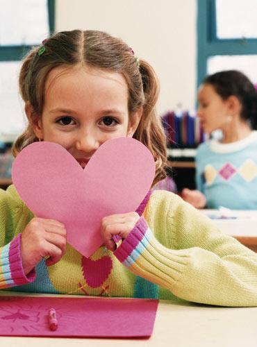 girl_paper_heart